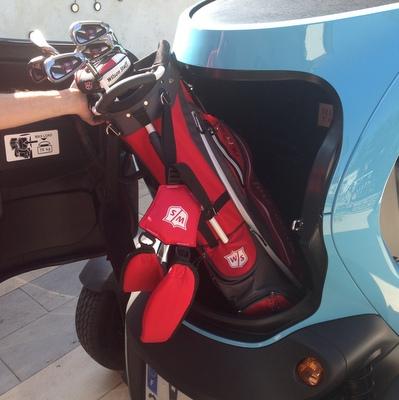 voiturelectrique.eu.renault Twizy Cargo. golf