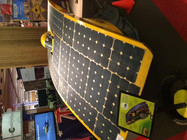 helios voiture solaire consommation zero toutes les voitures. Black Bedroom Furniture Sets. Home Design Ideas