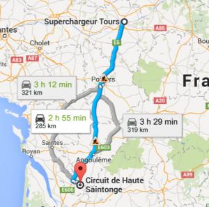 Ici, capture d'écran de Google Map. malheureusement, les 3 choix ne sont pas proposés par le GPS de la Tesla. Seul le trajet par Saintes et via le Superchargeur est proposé. Dommage pour une voiture de ce prix !
