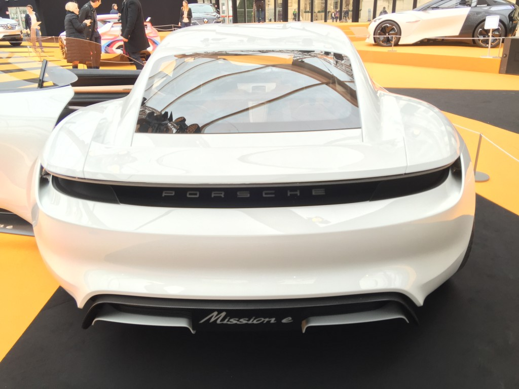 Voiturelectrique.eu.porsche Mission E.8